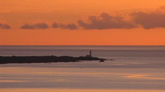 Gardenrose Bed and Breakfast: Sunset over Turnberry Lighthouse