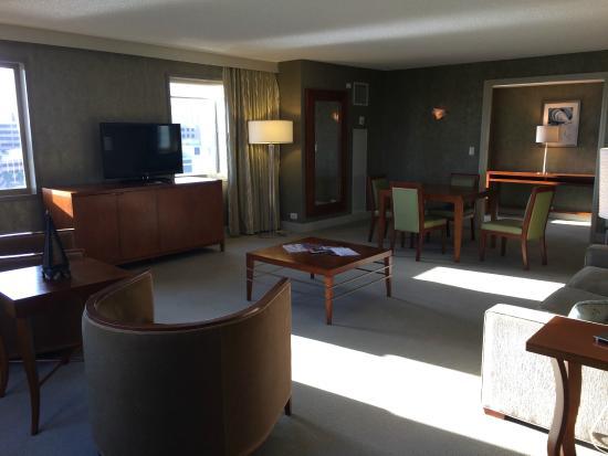 The Westin Tampa Waterside: Luxury Suite Living Room