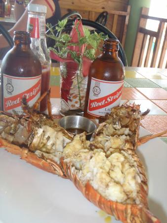 The Boardwalk Village Restaurant: Tasty lobster lunch