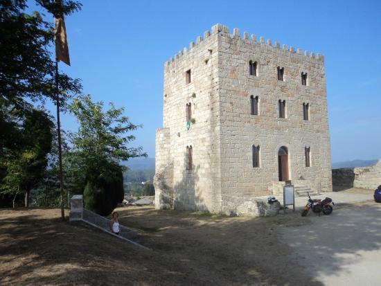 Torre del Mariscal Pardo de Cela