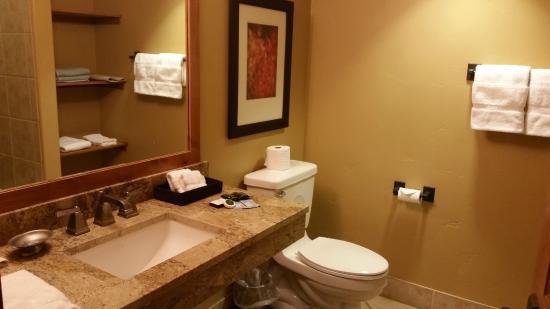Tamarack Resort : Nice big bathroom