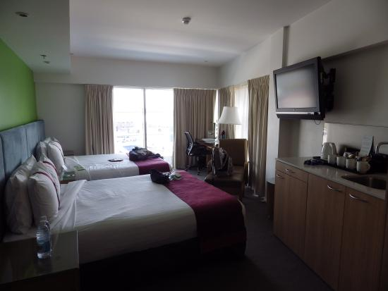 Holiday Inn Darling Harbour : executive room, 11th floor