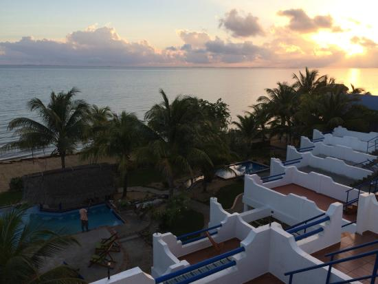 Sunrise from the roof top overlooking Sarkiki Reef Resort
