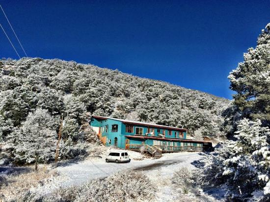 Cloudcroft Mountain Park Hostel: Winter Wonderland