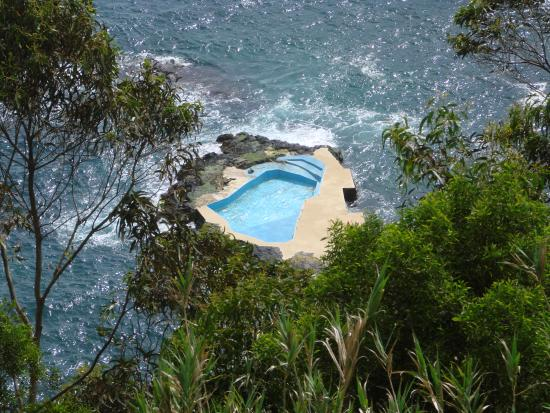 Amazing Tours: Beautfiul Swimming Pool above the Sea