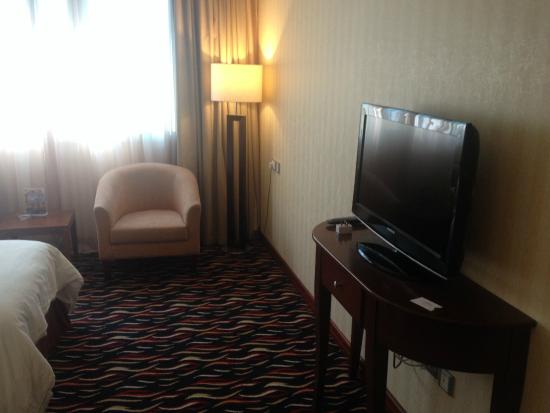 Cassells Al Barsha Hotel 4 (Dubai, United Arab Emirates): description of rooms, service, photo and reviews