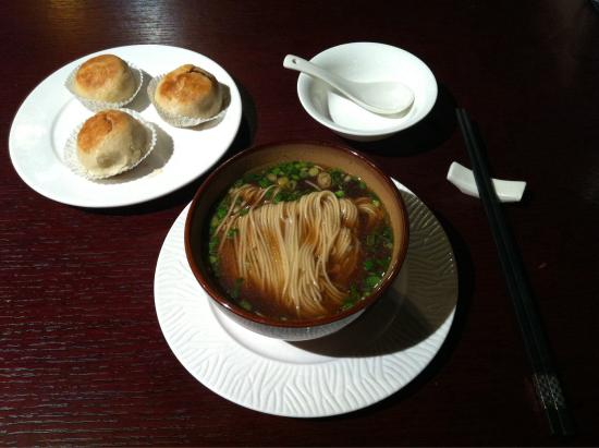 Scholars Hotel Nanjing : Jiangnan style Noodle in HotelRestaurant