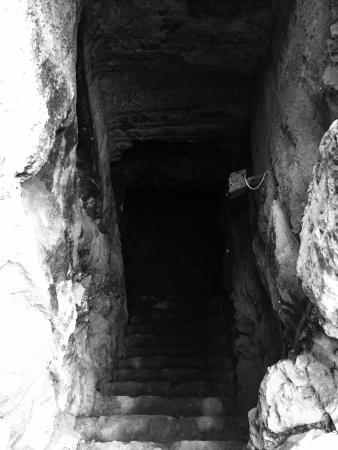 St. Solomon's Catacombs : Bottom steps submerged in water!