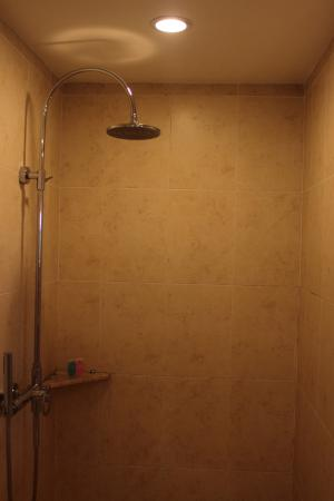 Novela Muine Resort & Spa: Shower
