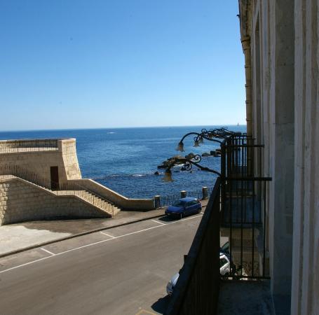 Hotel Gutkowski: balcony view