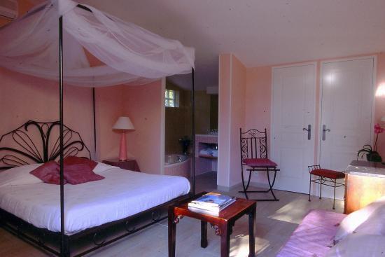 Villa Lantana: Chambre Orchidée