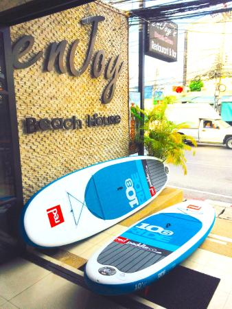 Enjoy's Beach House Karon: Enjoys Beach House Karon SUP
