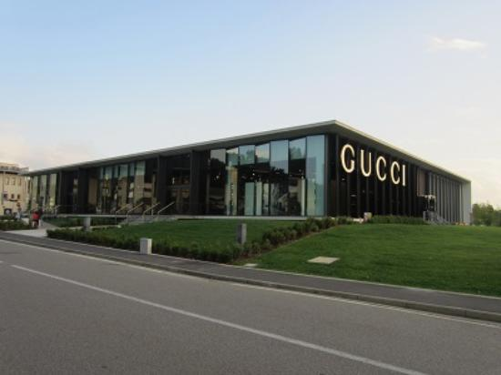 Outlet Gucci - day - Picture of Gucci Outlet, Reggello - TripAdvisor