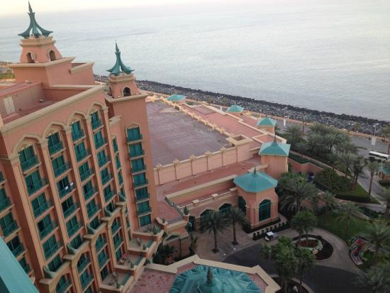 Hotel di notte picture of atlantis the palm dubai for Hotel di dubai