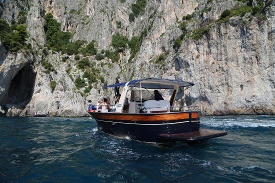 You Know! - Boat Excursions & Service: Capri by boat