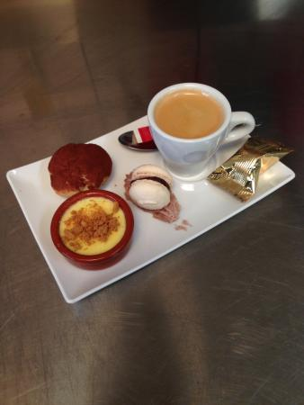 Restaurant L'Inedit: café gourmand