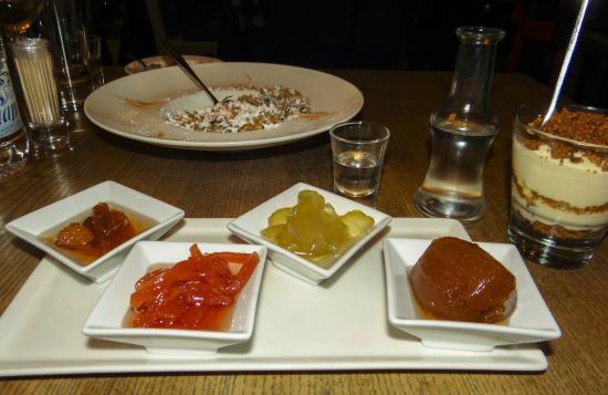 Alatsi : Sweet preserves (Γλυκά κουταλιού) so tempting!