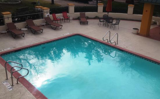 Red Roof Inn Amp Suites Addison Updated 2017 Prices