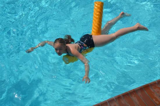 Blue Sands Motel: Pool