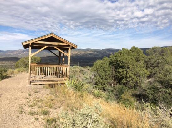 New Mexico Rails-to-Trails: Shelter on Grandview Trail, High Rolls, NM