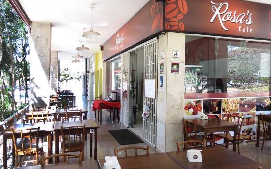 Rosa's Café