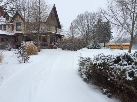 Cedar Rose Inn Bed and Breakfast: Winter In Alexandria