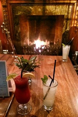 Springfort Hall Country House: Cocktails by the open fire