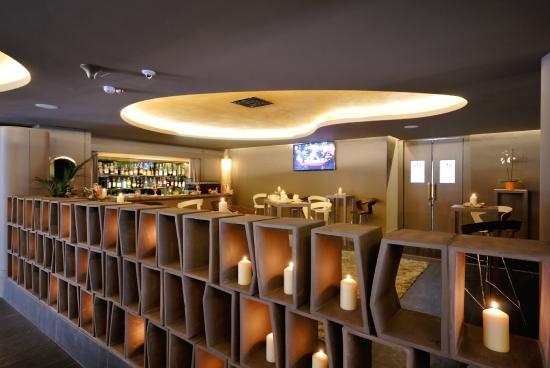 The Gate Hotel : bar
