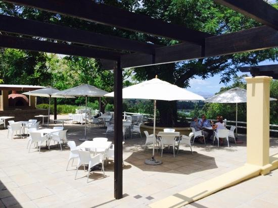 Devon Valley Hotel: great patio