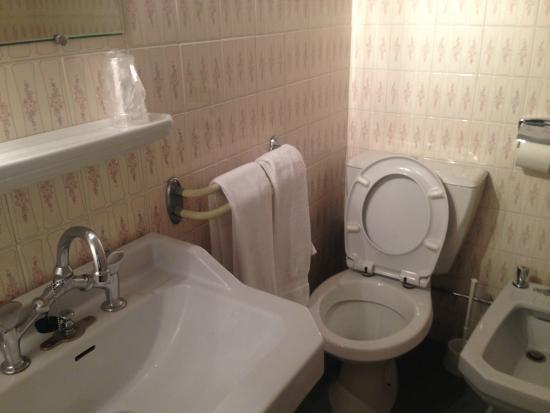 Le Chastellares Hotel : Salle de bain