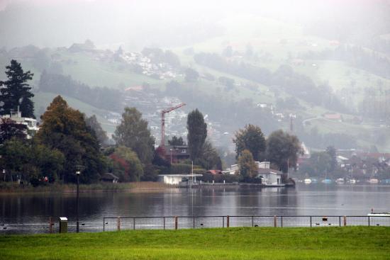 SeminarHotel am Aegerisee: lago Unterageri
