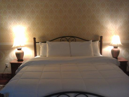 King bed Picture of Dover Garden Suites Dover TripAdvisor