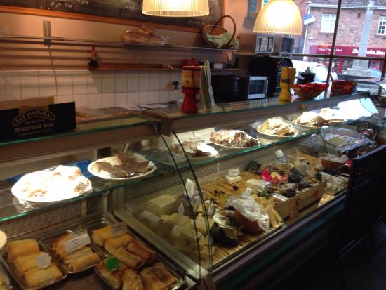 Lovely cakes and cafe - The Cheese Shop, Howden