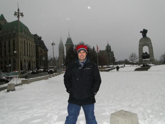 Ottawa, Canada: National War Memorial