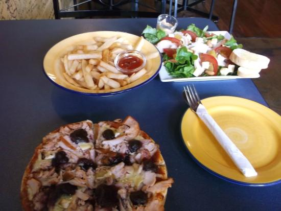 Filadelfio's Restaurant : Ample for one, enough for two