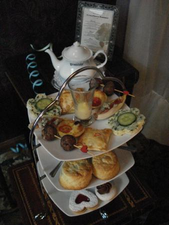 The St. James Tearoom: Wonderful February Casablanca Tea Time!