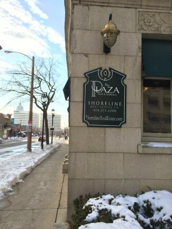The Plaza Hotel : First sign of the Art Deco theme