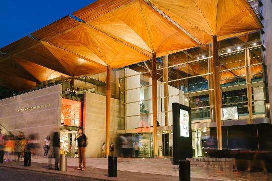 Auckland Art Gallery Toi o Tamaki : Gallery exterior. Photo: David St George