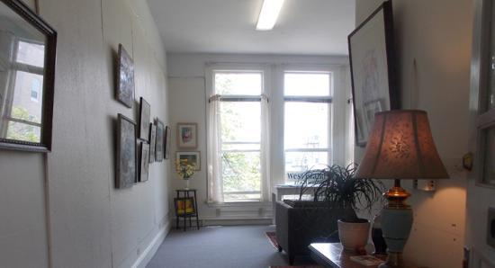 West Island Gallery