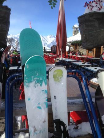 Le Brevent Cable Car : A Chamonix, on skie Rossignol mais aussi Kästle
