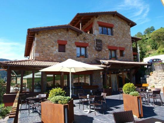 Vilallonga de Ter, إسبانيا: façana hotel