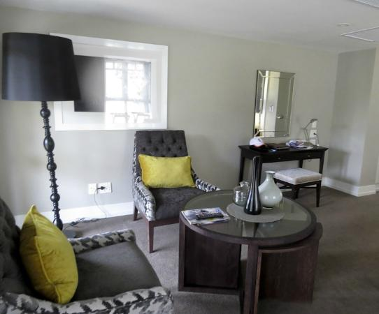 Fancourt: Comfy sitting area in luxury room