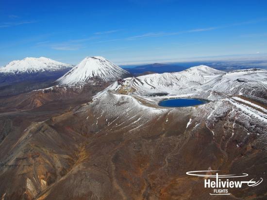 The Three Peaks Of Mt Ruapehu Mt Ngauruhoe And Mt