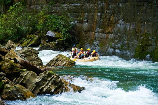 Rivers Fiji - Day Adventures: Rapids on the Upper Navua River | Viti Levu, Fiji