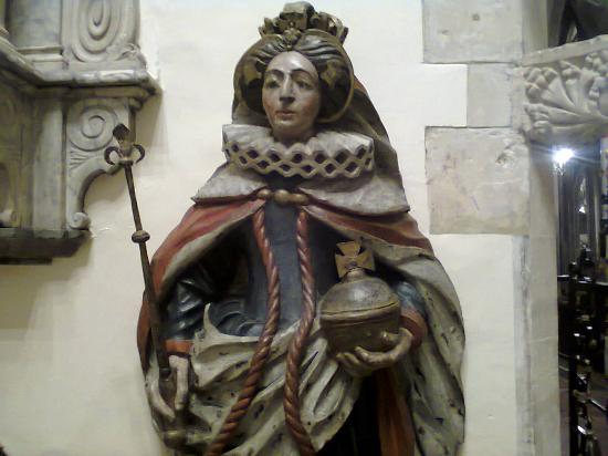 St Mary Redcliffe Church: Elizabeth 1