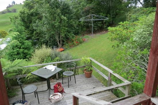 Waitomo Caves Guest Lodge : Terrace at Waitomo Guest Lodge