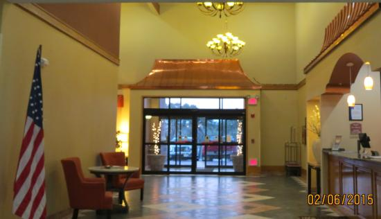 Comfort Inn & Suites Burnet: attractive lobby