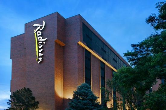Radisson Hotel Denver Southeast : Exterior of Hotel