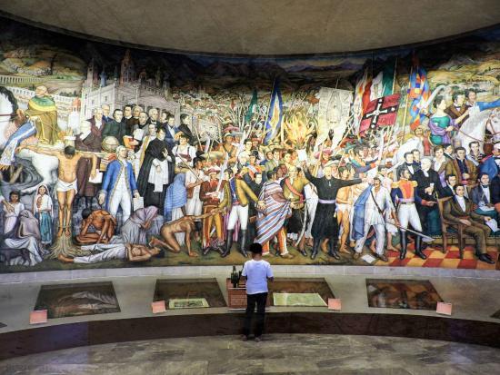 Foto De Museo Nacional De Historia Ciudad De Mexico Mural Sobre La