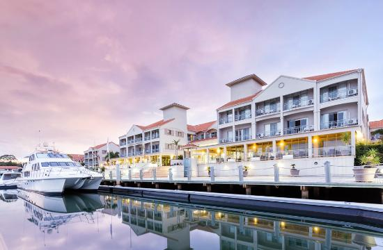 Photo of Marina Quays International Hope Island